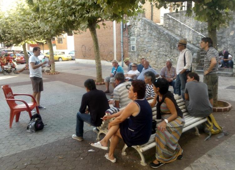 20130817 Reunión barrio Marineros 1